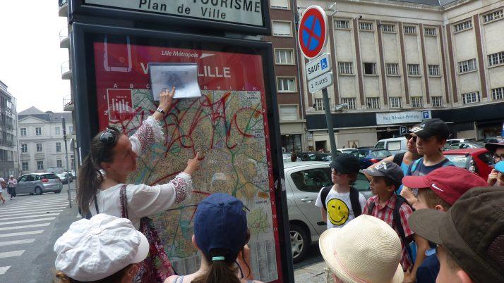 Les CM1 et les CM2 visitent le Vieux-Lille